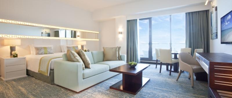 JA Ocean View Hotel Zimmer