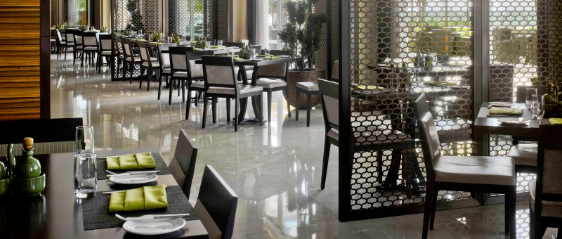 Crowne Plaza Dubai Festival City Restaurant