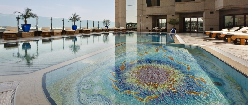 Fairmont Dubai Pool