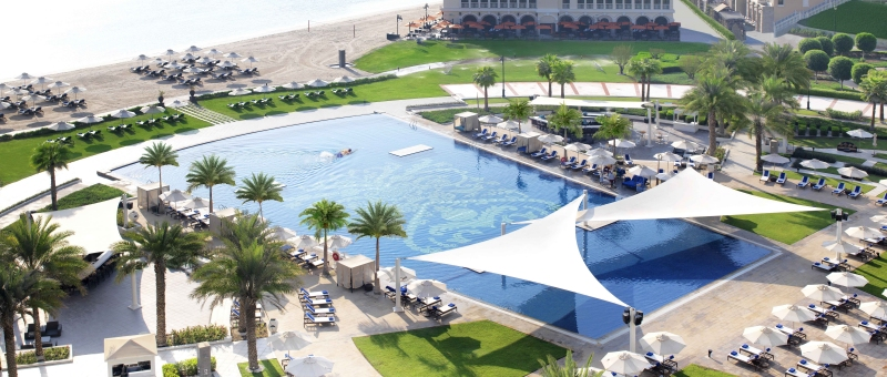The Ritz Carlton Abu Dhabi Grand Canal Pool